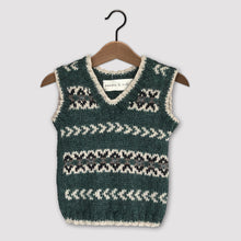 Load image into Gallery viewer, Fair Isle vest (green/cream)