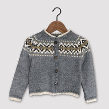 Load image into Gallery viewer, Intricate Fair Isle cardigan (grey/multi)