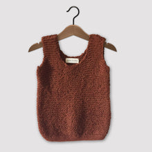 Load image into Gallery viewer, Loose knit vest (rust)