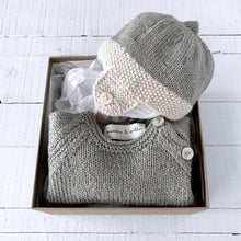 Load image into Gallery viewer, Newborn gift set (soft green) hat & jumper