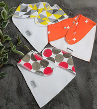 Load image into Gallery viewer, 3pc Set Fashionable Baby Organic Bandana Bibs - Circle, Cross & Triangle