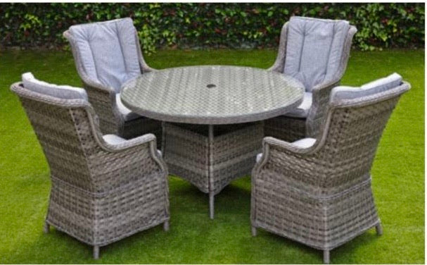 Amalfi 4 seater dining set with round table