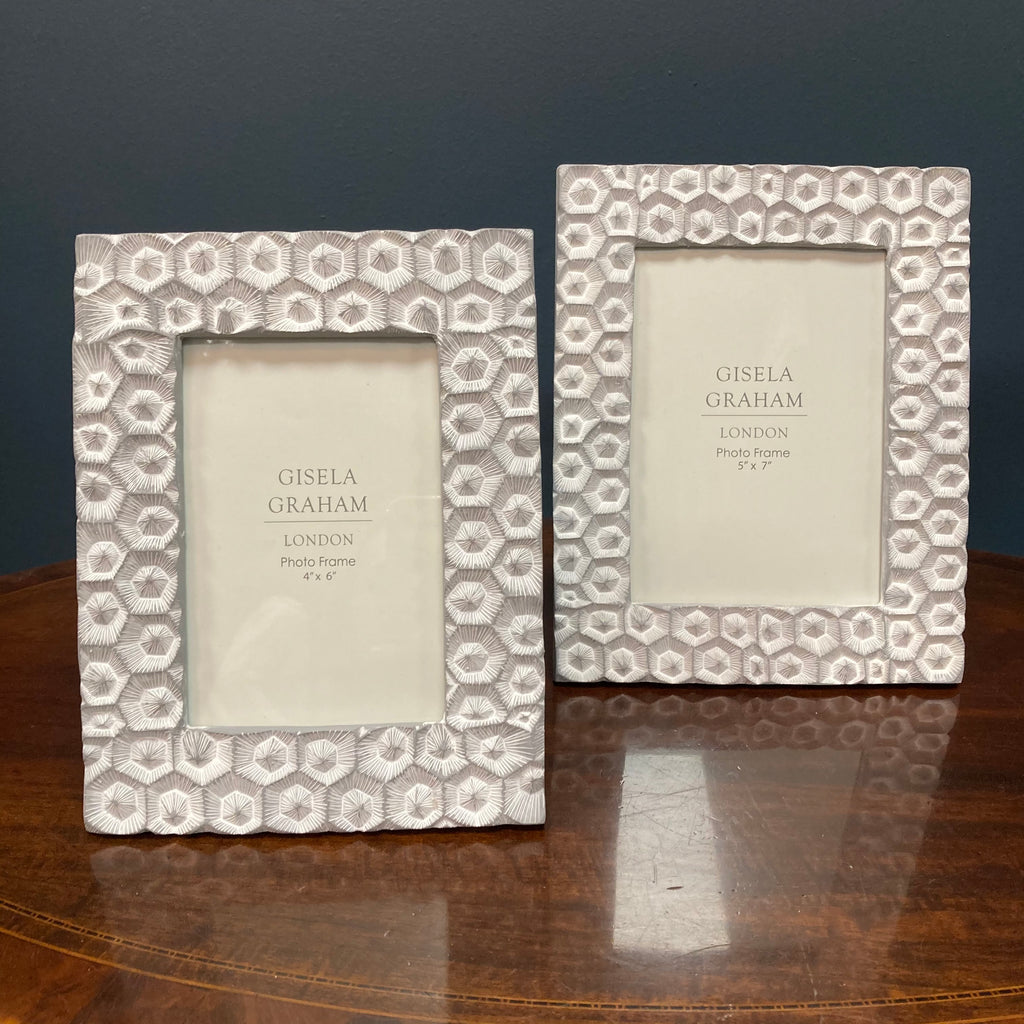 Light grey crater print photo frame 4 x 6""