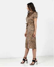 Load image into Gallery viewer, Animal Print Shift Dress