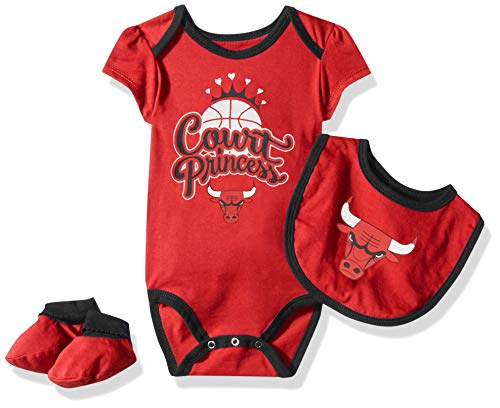 Bib Outerstuff NFL Baby-Girls Newborn /& Infant Mini Trifecta Bodysuit Bootie Set