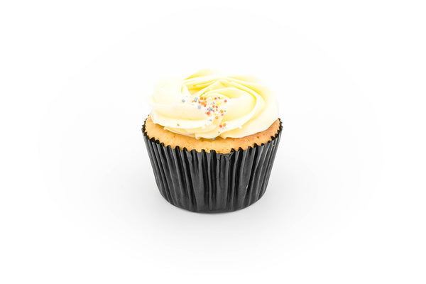 Cupcakes - Vanilla with vanilla SMBC (box of 12 pieces)