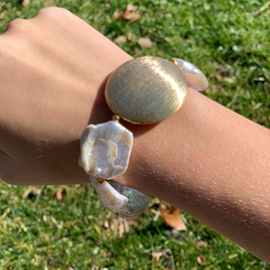 Baroque Pearl and Gold Disc Bracelet