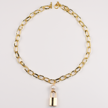 Load image into Gallery viewer, Lock Chain Necklace with Pearl