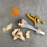 015 GINGER & TURMERIC - PREMIUM SUN DRIED PIECES