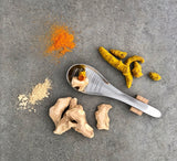 W 015 GINGER & TURMERIC - PREMIUM SUN DRIED PIECES