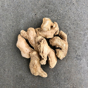 W 016 GINGER - PREMIUM SUN DRIED ROOTS