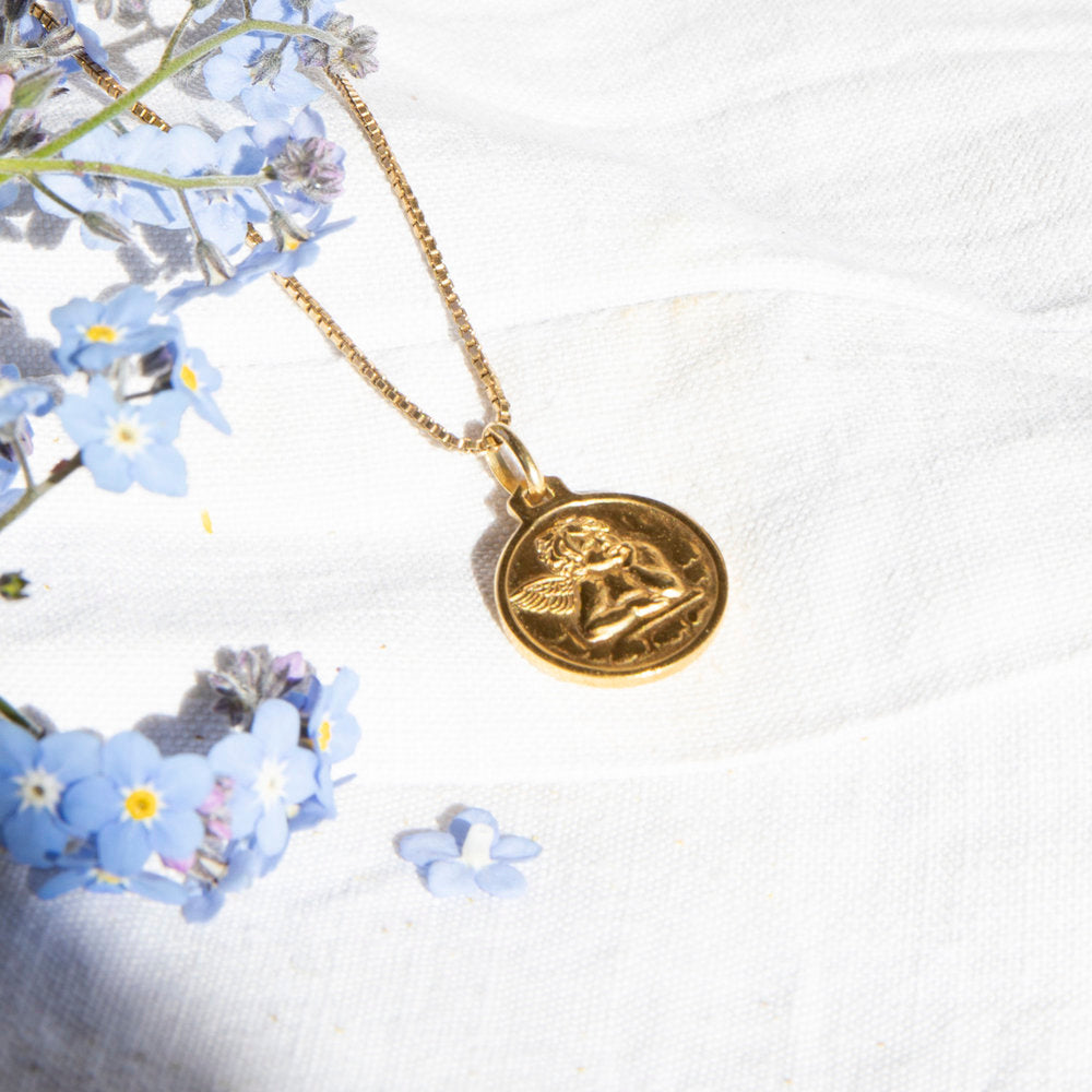 gold cherub necklace- seol-gold