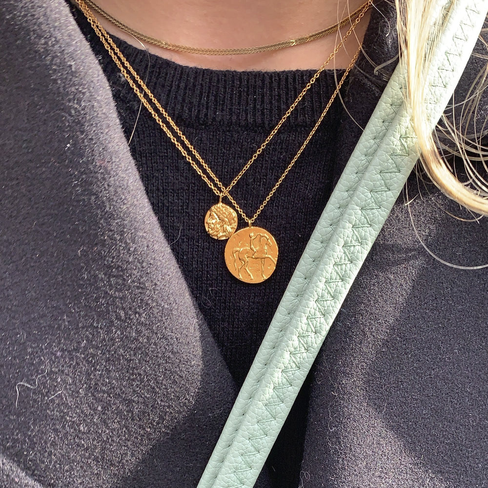 seolgold - roman gold medal necklace