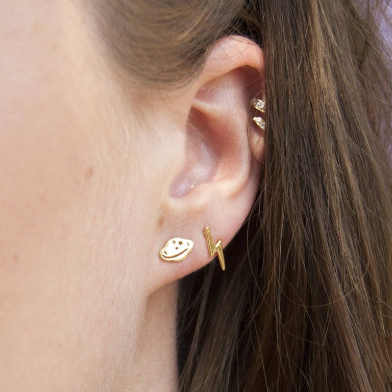 Plain Lightning Studs - seol-gold