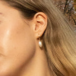Baroque pearl hoop silver earrings - seol gold