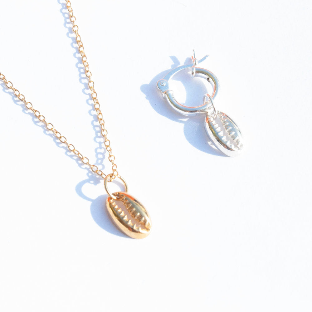 Cowrie Charm - seol-gold