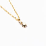 9ct gold tiny star pendant necklace