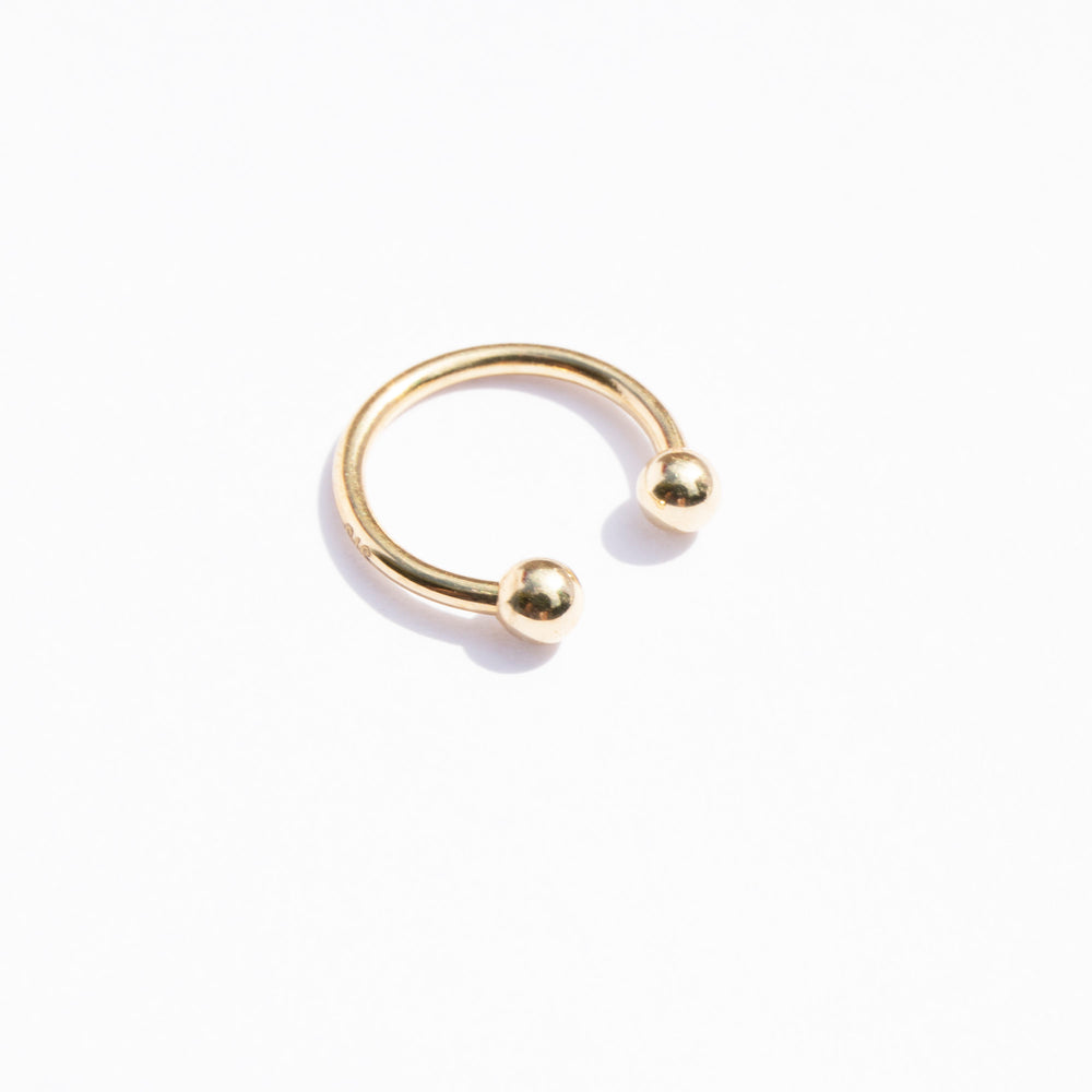 9ct gold horseshoe curved barbell earring