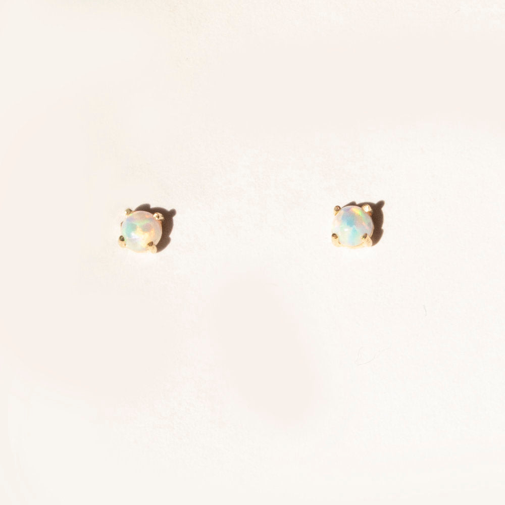 9ct Gold Opal Studs