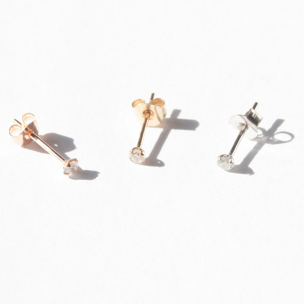 Diamond Stud Earrings - seol-gold