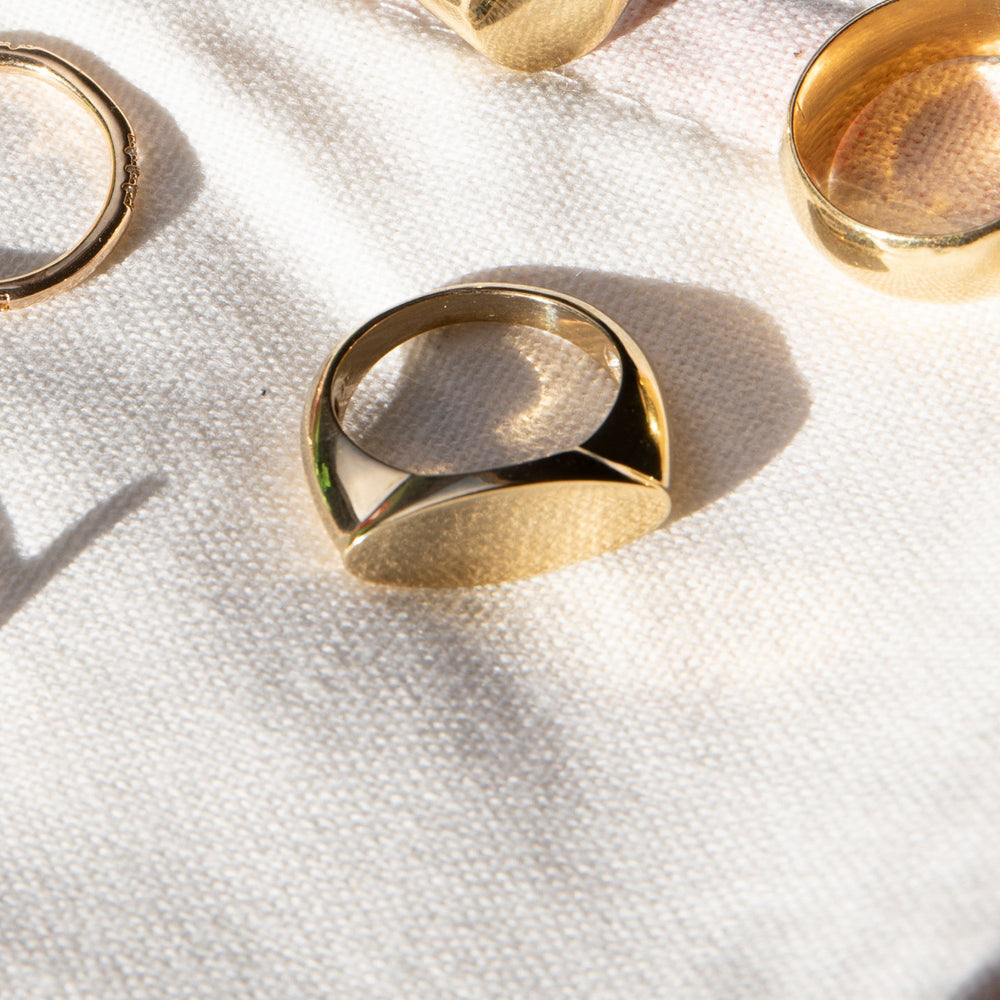 statement signet ring -seol gold