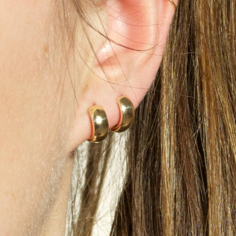 9ct Gold Huggie Earrings - seol-gold
