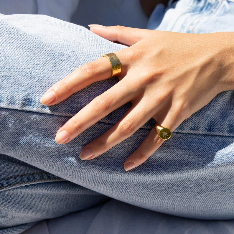 gemstone signet ring - seol-gold