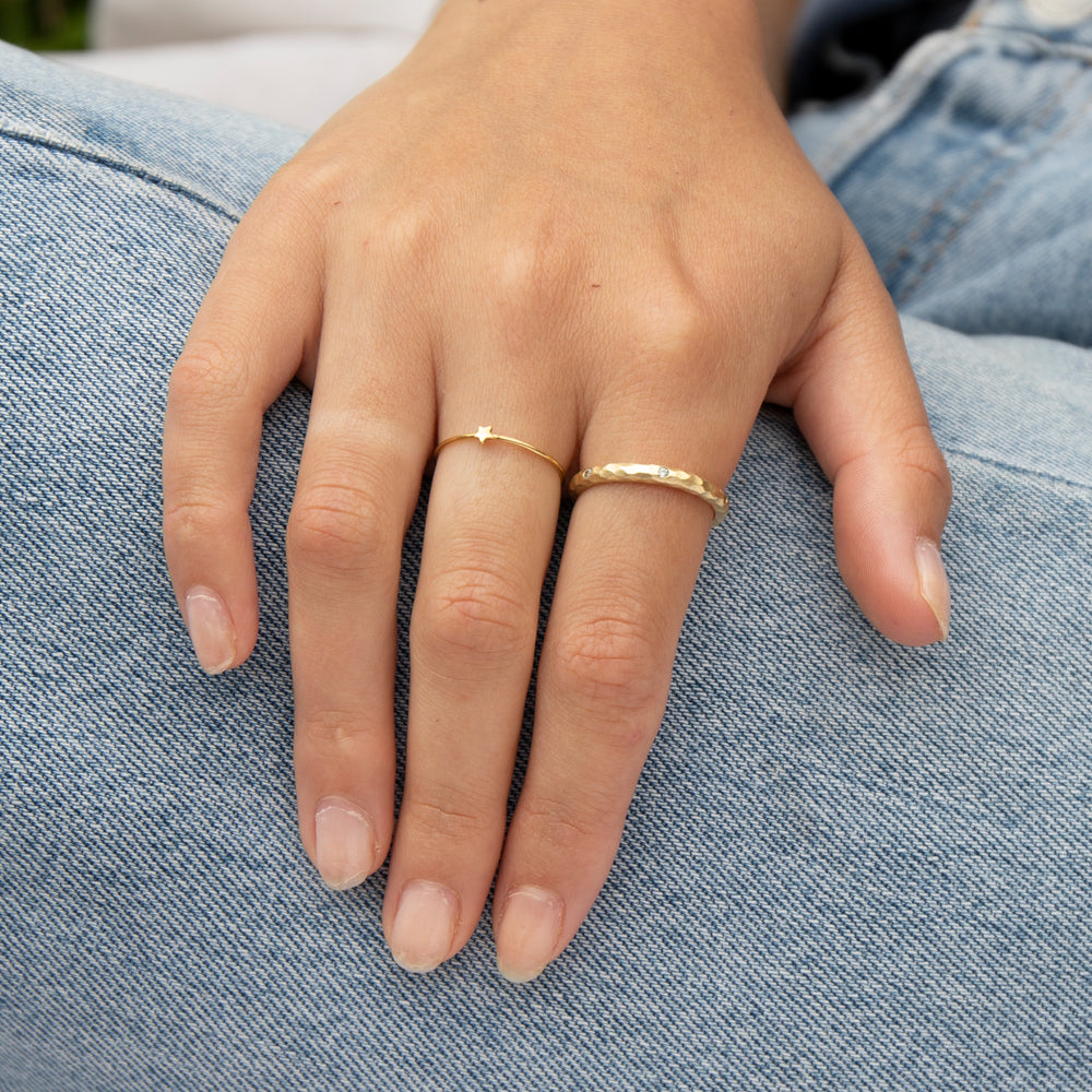 Hammered Eternity Band - seol-gold