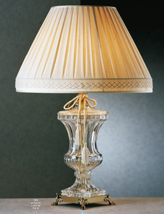 Classic Crystal Vase Table Lamp