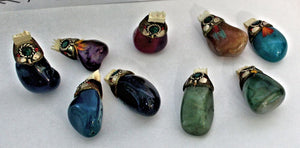 Buck Lee's Naturals Natural Agate Stone Pendants Assorted w/Leather Lanyard