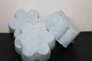 Buck Lee's Naturals 3 Piece Coastal Breeze Bath Bomb/Fizzy With Epsom Salts
