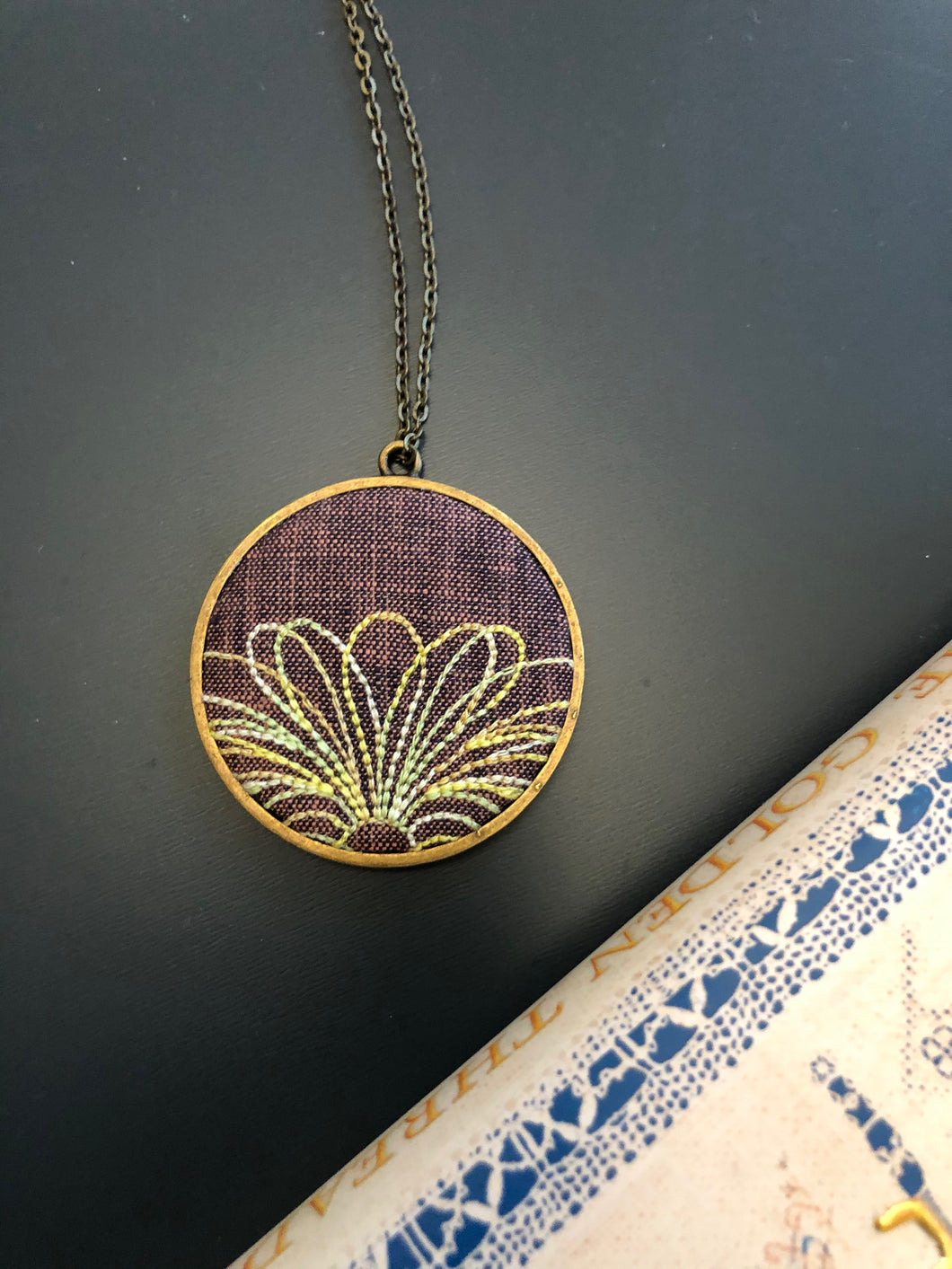 Floral rising necklace