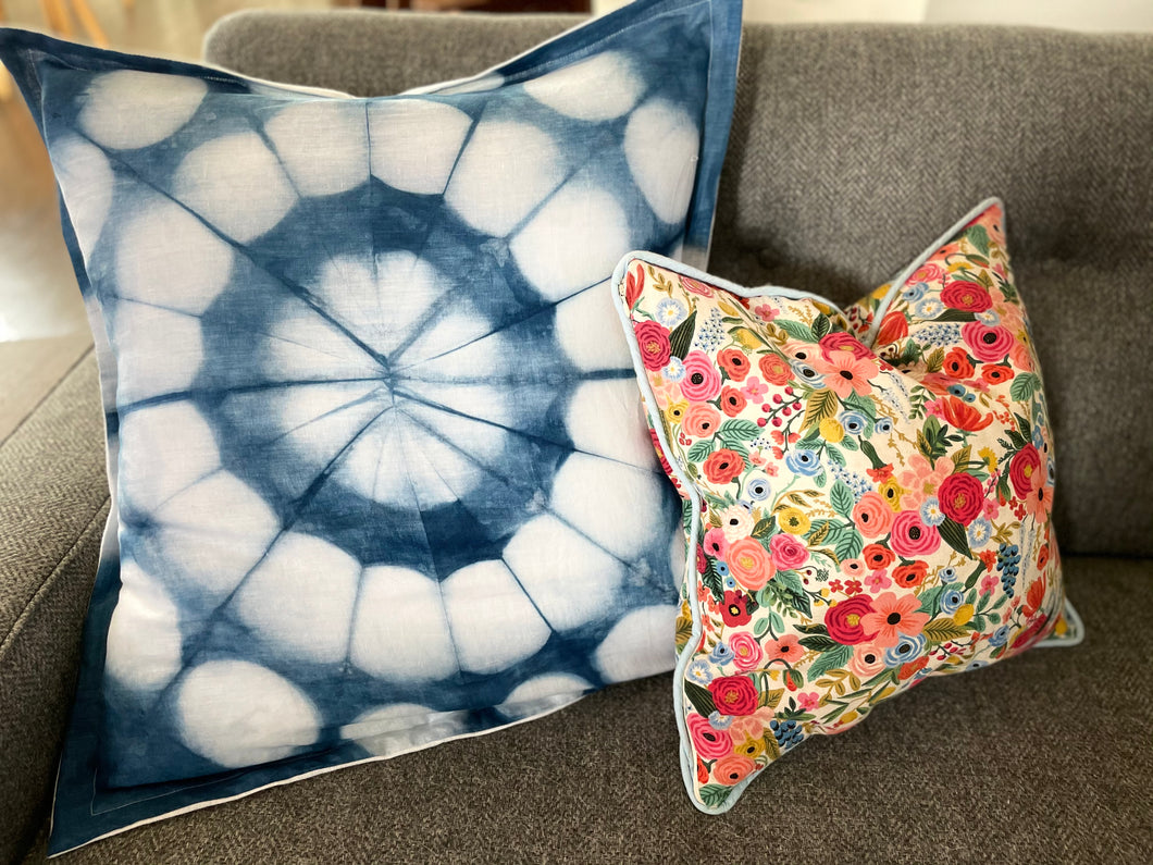 Giant Circles Pillow
