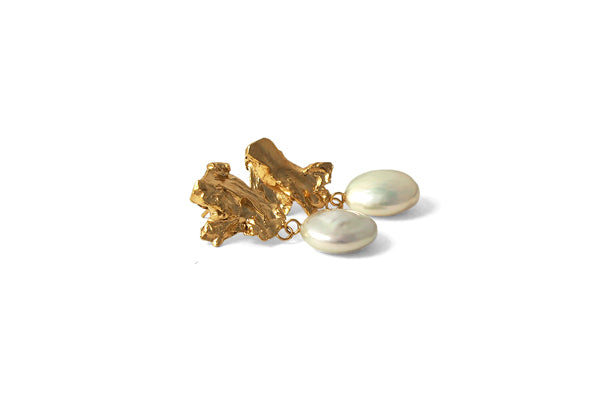 Carnation Earrings - Gold