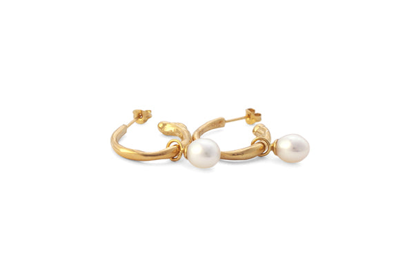 Drip Hoops w/ Pearls - Gold