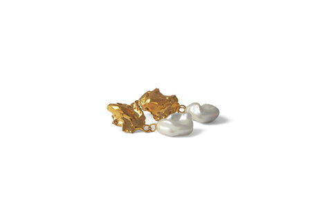 Mini Carnation Earrings - Gold