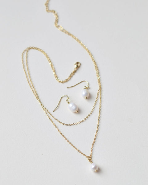 Layered Pearl Drop Jewelry Set