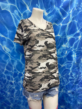Load image into Gallery viewer, camo v-neck t shirt