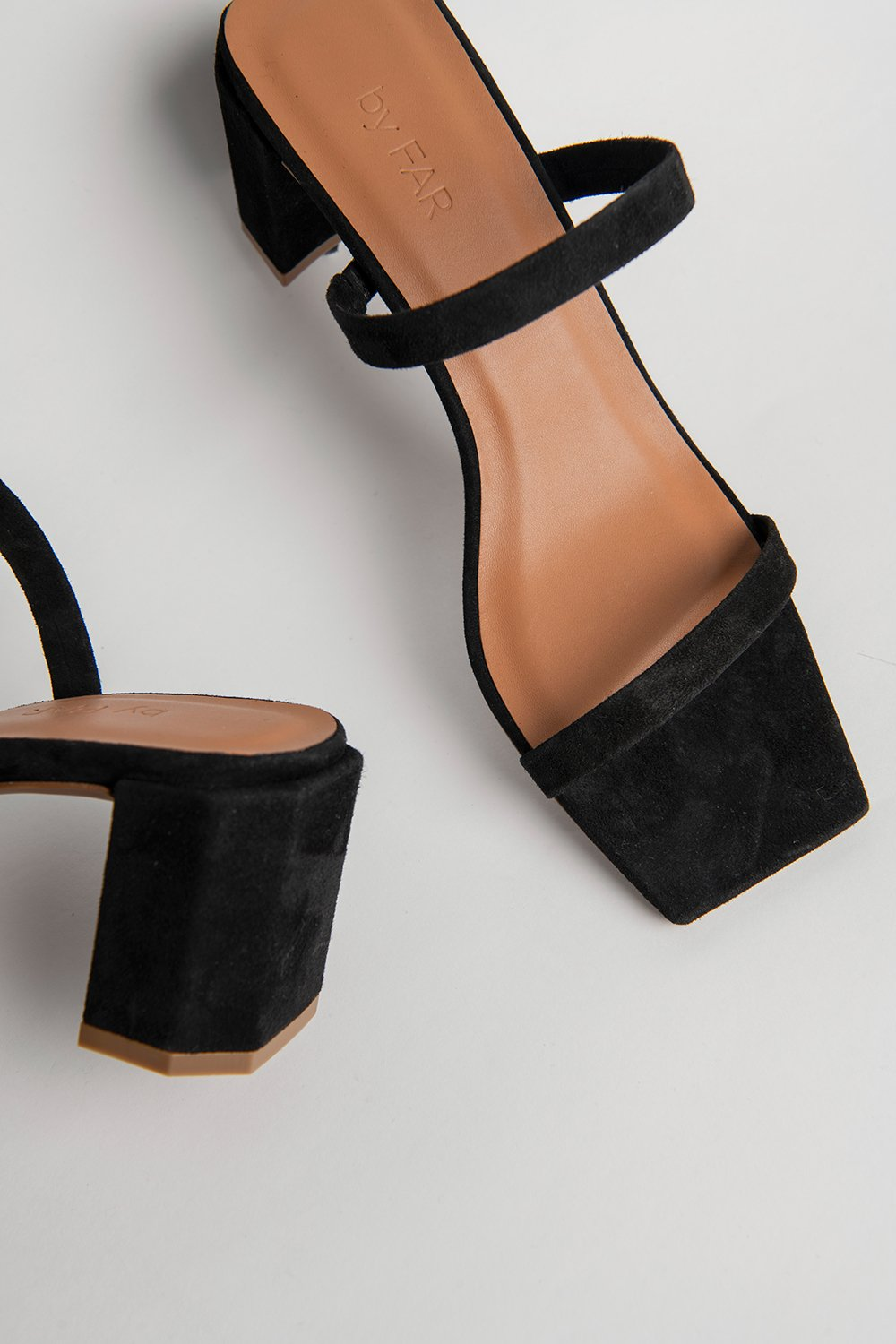 SANDALES EN SUEDE NOIR  TANYA - By Far