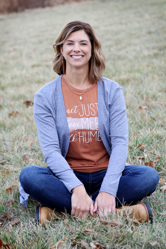 Micah 6:8 Ladies Short Sleeve Tee in Amber