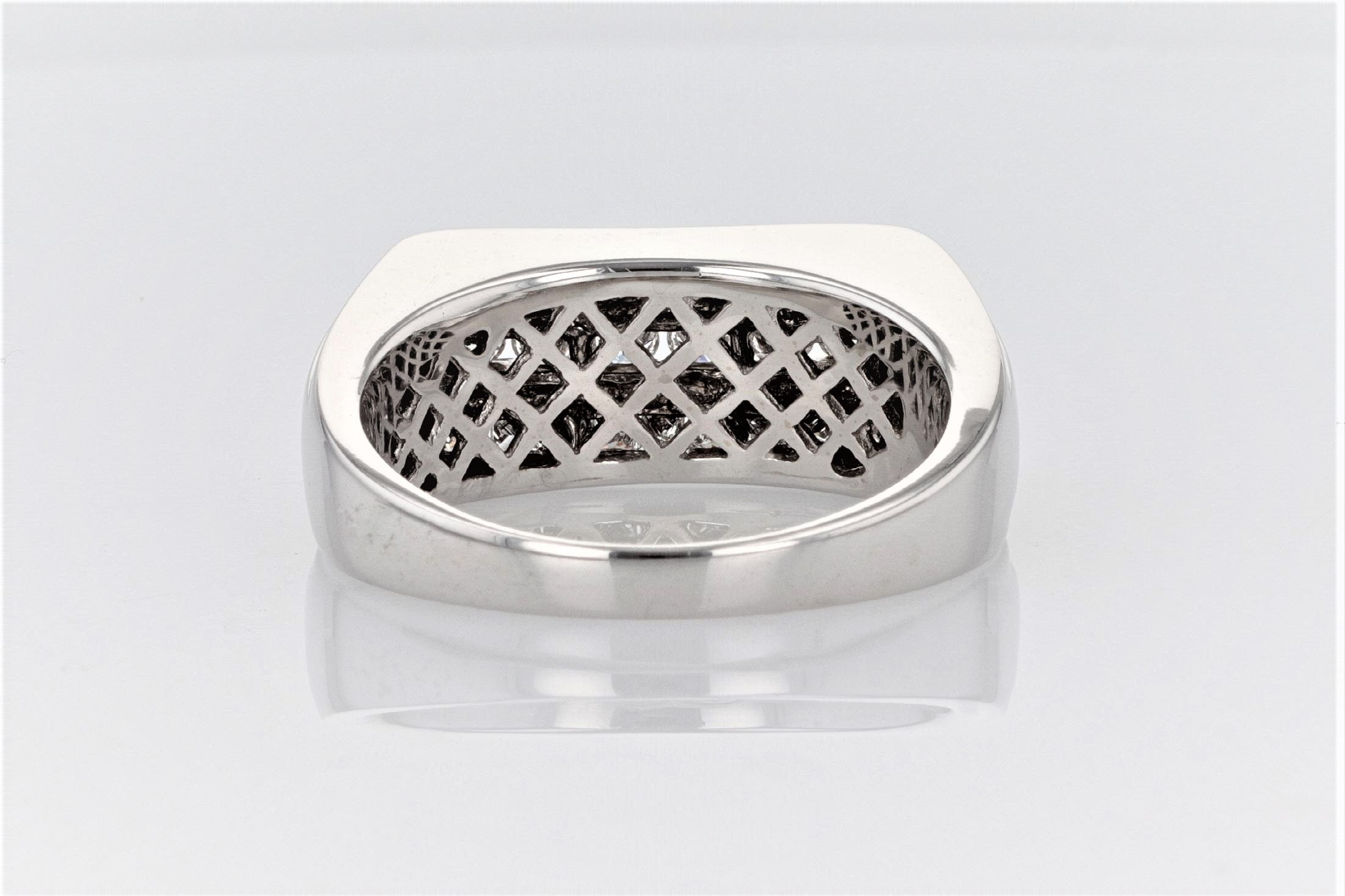14K Men's White Gold (Stamped) Shank Dress Ring
