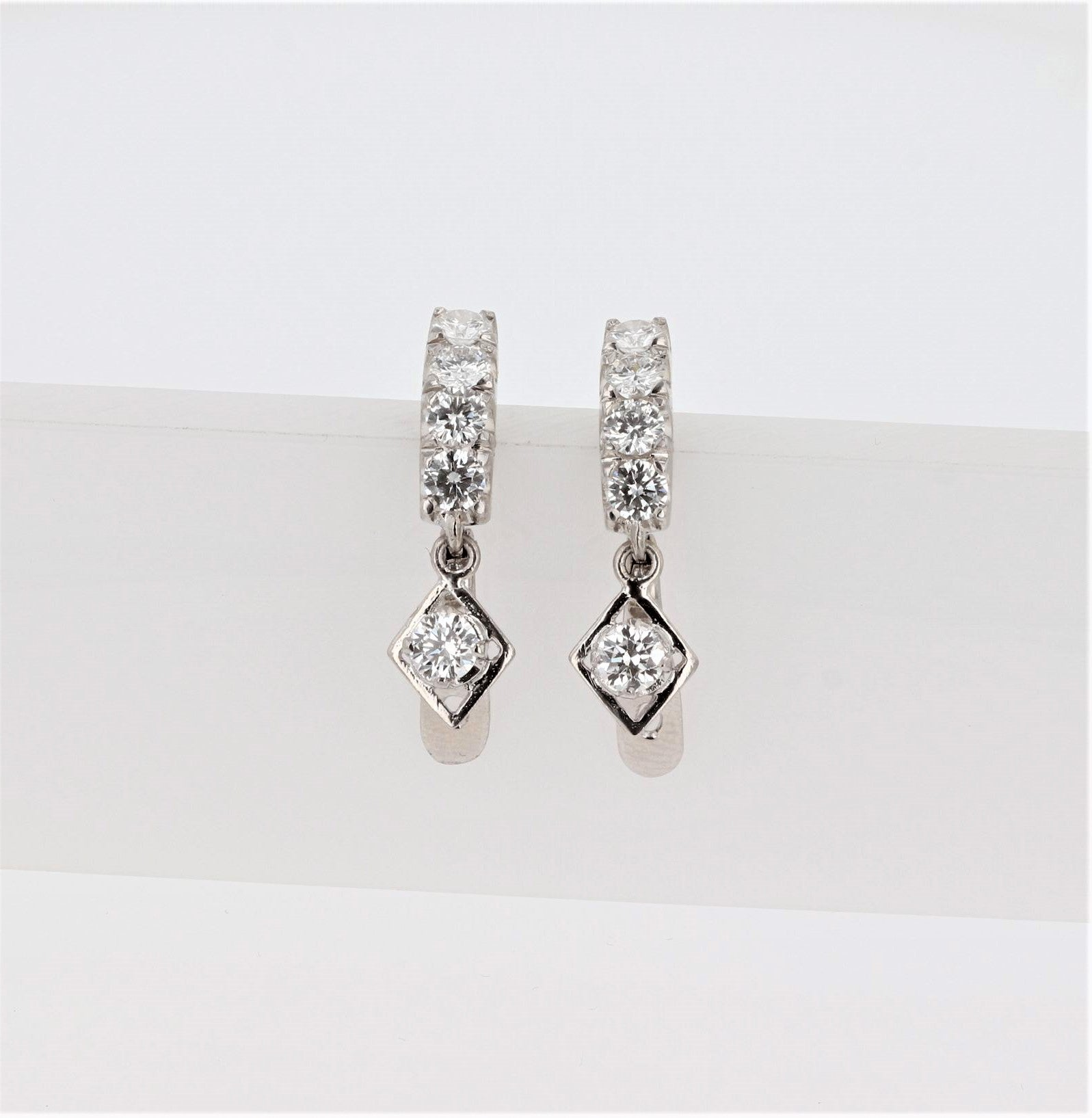 14K Women's White Gold Earrings