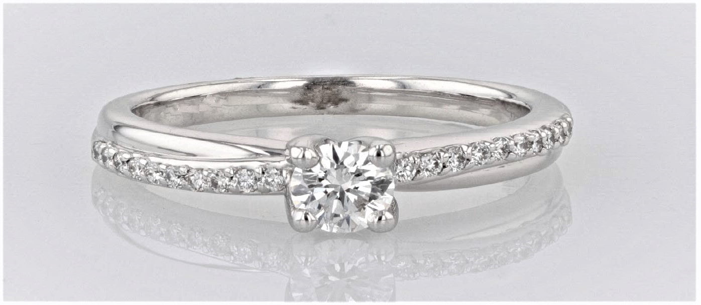 18K Women's White Gold (Stamped, Palladium Alloy) shank Dress/Engagement Ring
