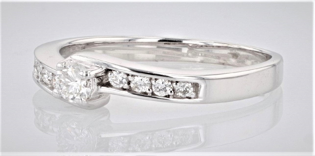19K Women's White Gold (Stamped) shank Dress/Engagement Ring