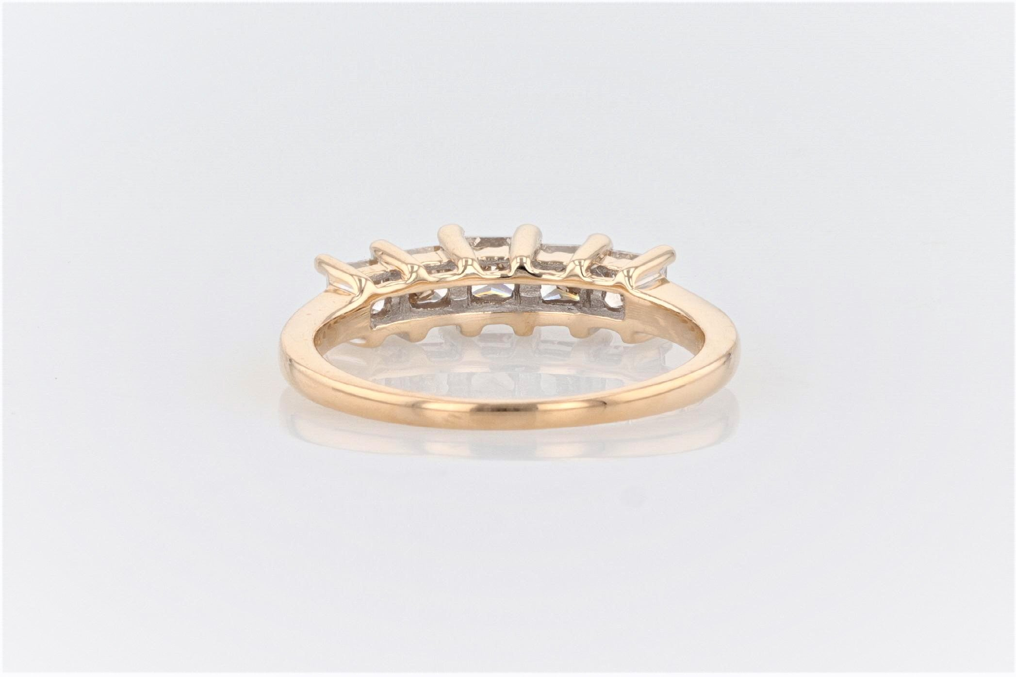 14K Women's Yellow Gold (Stamped) Shank Dress Ring