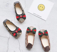 Load image into Gallery viewer, Gucci on the go flats