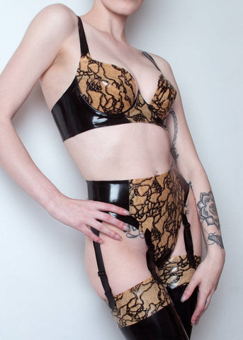 Igneus 6 Strap Latex Lace Suspender Belt