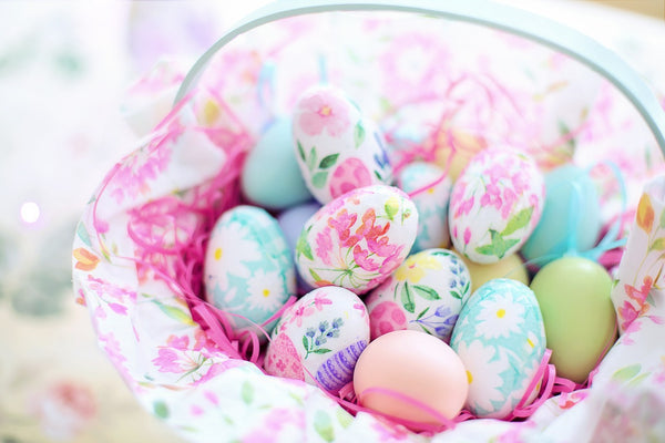 Easter basket with decoupage eggs