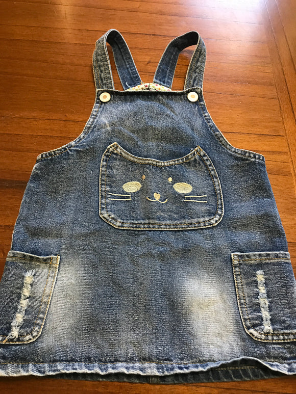 Size: 2 - Kitty Face Bib Pocket Denim Dress from Hengsheng Jeans