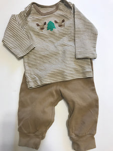 Size: 0-3 months - Tan and White Holiday Moose Outfit from Child of Mine by Carter